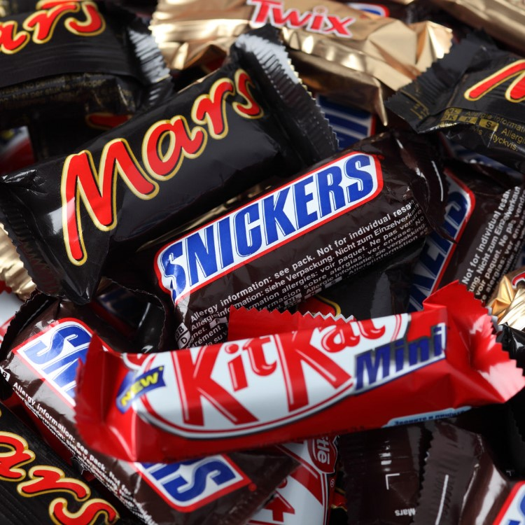 Mars, Snickers, Twix, KitKat Becsco